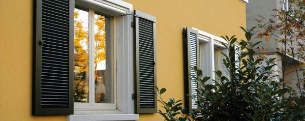Fensterladen 01 ehret klappladen